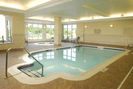 iadfrgi_hilton_garden_inn_frederick_gallery_leisure_pool_large