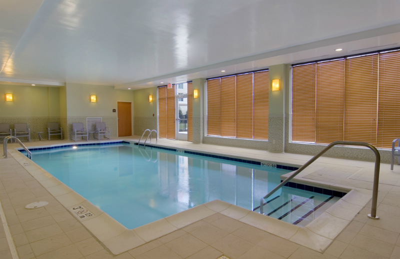 pool_8389